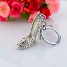 2015 New arrival zinc alloy white rhinestone high-heel shoe dance shoe keychain