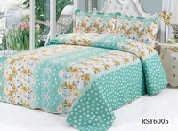 wholesale cheap colorful patchwork quilt for home or hotel use