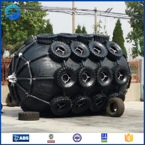 pneumatic rubber fenders with rope and rubber jacket