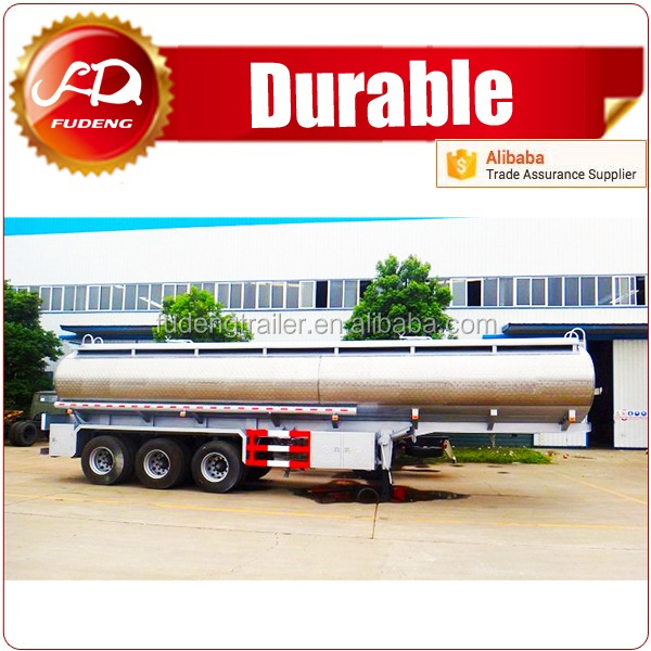Oil tanker 40m3 capacity used to store fuel and liquid material for sale