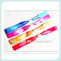 promotional cheap customized woven festival fabric wristbands for events with metal lock