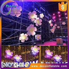 Lighted inflatable hanging decoration flower