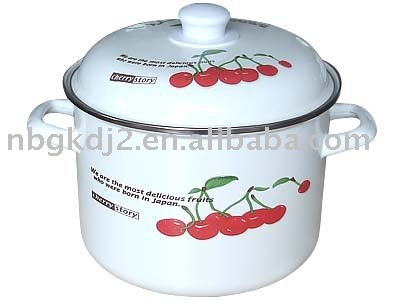 enamel cookware with metal lid