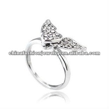 Stylish Movable Wings Sweet Loving Heart Ring