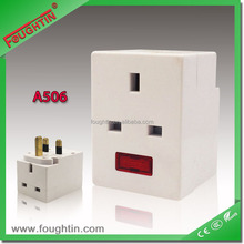 TOP quality 13A 250V UK socket with fuse with light white color travel adaptor