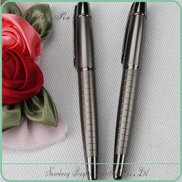 2017 engraved metal pen, heavy grip pattern metal roller pen with cap