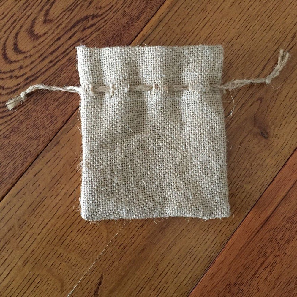 High quality custom size drawstring jute packing bags with jute drawstring