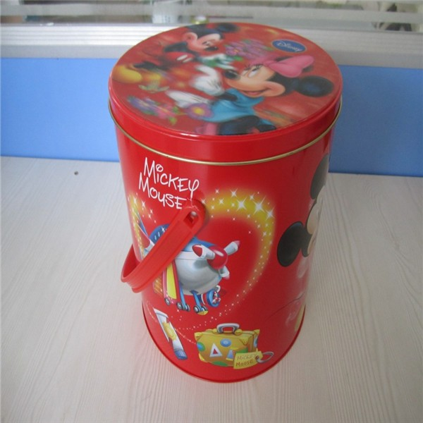 Alcohol tin can with cutout