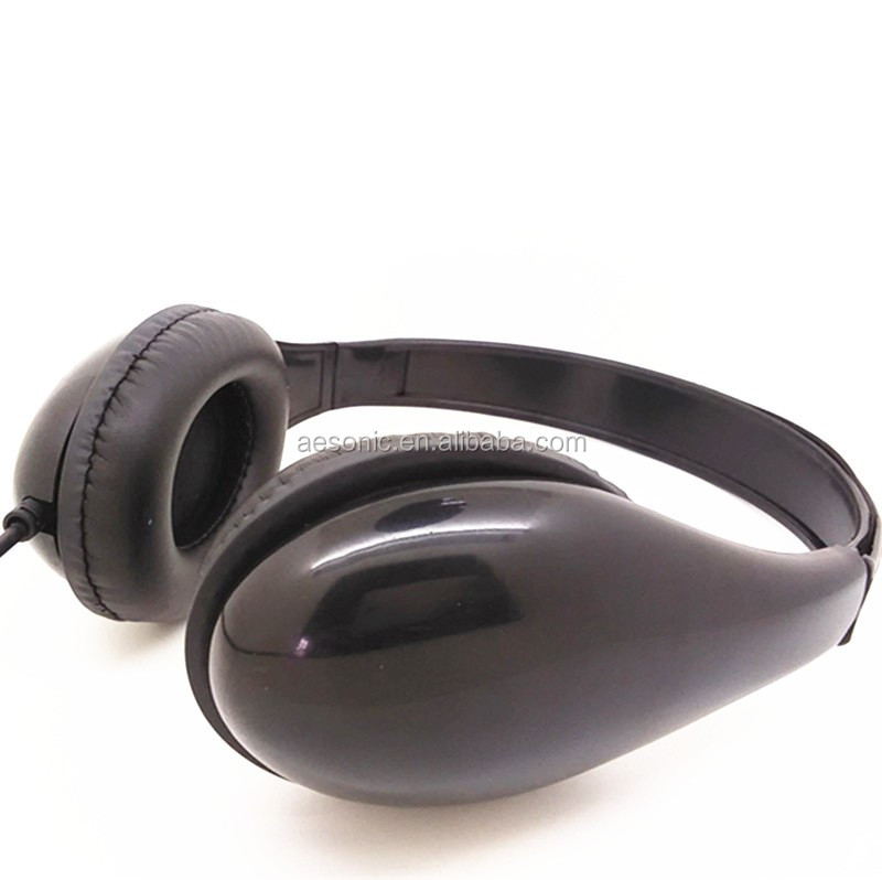 Guangdong factory directly music cheap headphone with free sample
