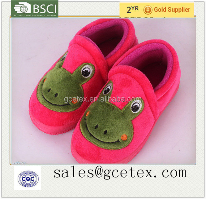 GCE984 Best selling frog printed children fancy slippers in winter 2015