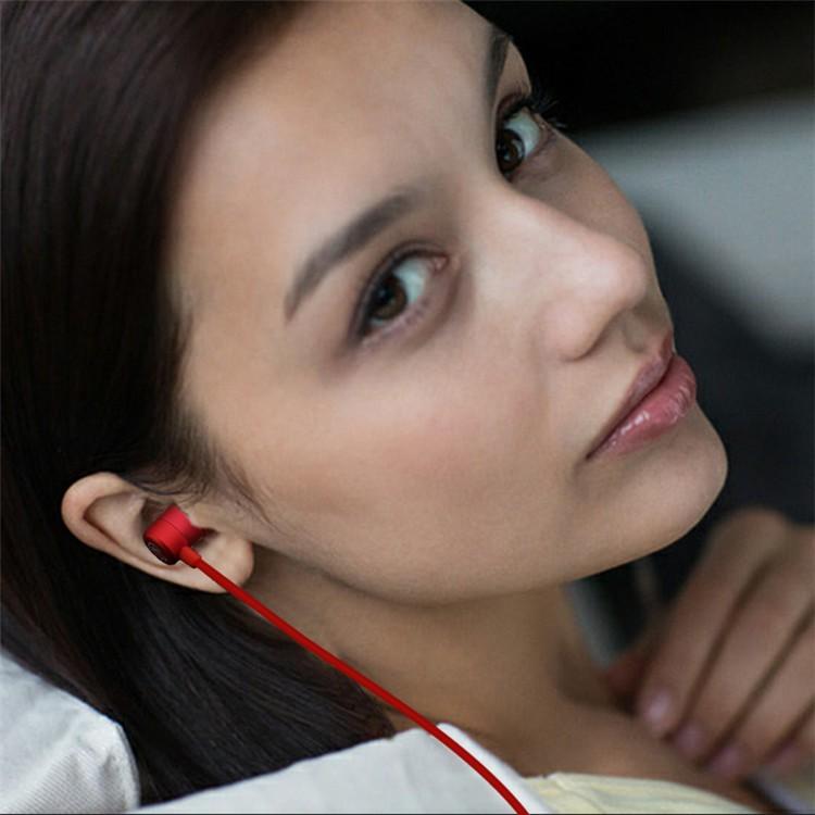 SK306 earphone03.jpg