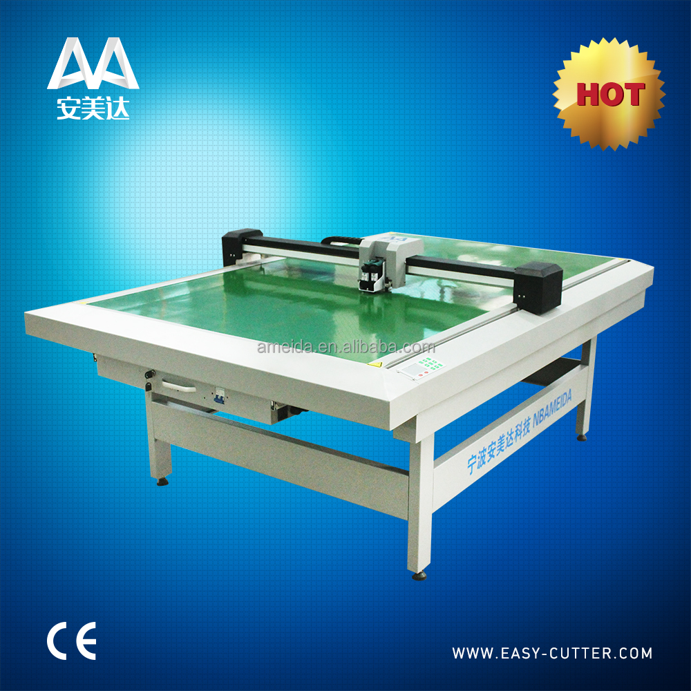 Easy operation sample cloth cutting machine
