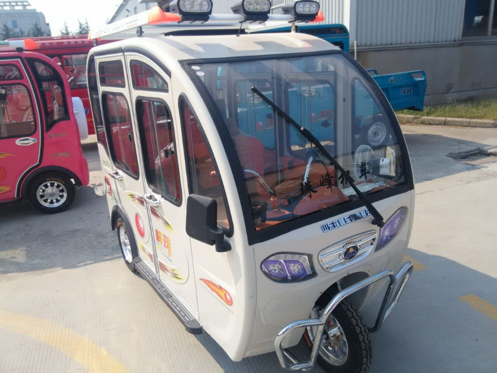 Adult use three wheeler tricycle,48v 650w solar rickshaw