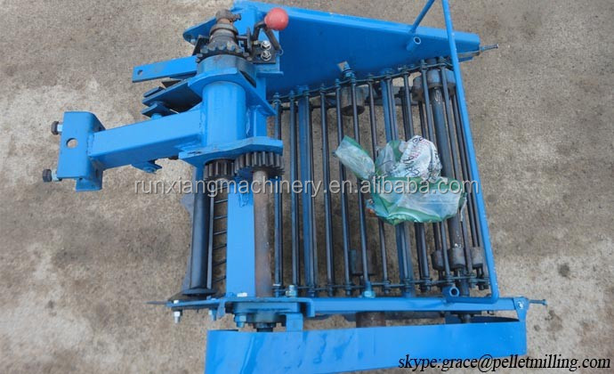 Small peanut harvesting equipment for sale/ Garlic and potato digger harvester