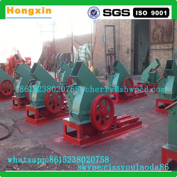 Wood shredding machine PTO wood chipper.jpg