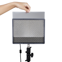 Aputure Photo Video Studio Variable Color Temp 672 LED Bi Color Video Light Pane