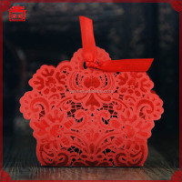 2016 New Arrived Popular Hollow out Lovely Paper Folding Wedding Candy Box XTH-001