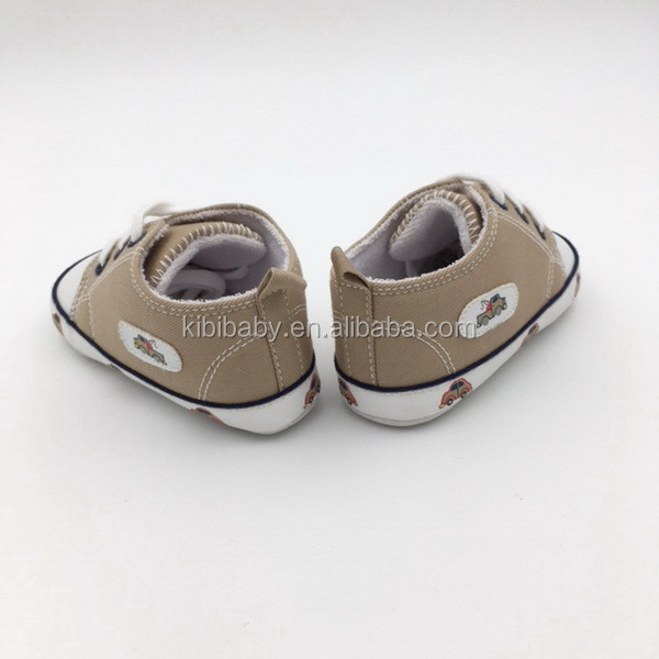 Beautiful new product top selling good quality with pretty lovely car print cute baby shoes rubber out sole for baby boy