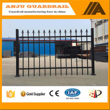 DK037 Malaysia Best Selling Cheap Short Wrought Iron Fence Price