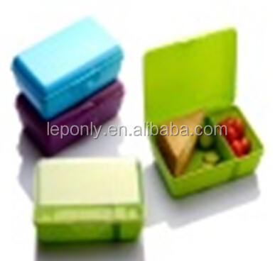 Green 2 compartments plastic lunch box , students snack microwavable food storage