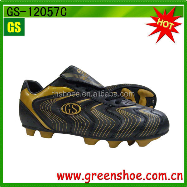 Green oem men's soccer shoes with spike sole fashionable design football shoes