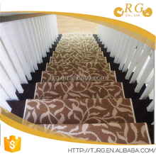 plain fashion custom corner stairway crochet floor rug