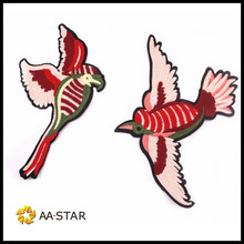 red embroidery bird patch in one pair for fashion tops