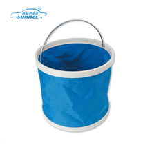 Easy carry foldable bucket