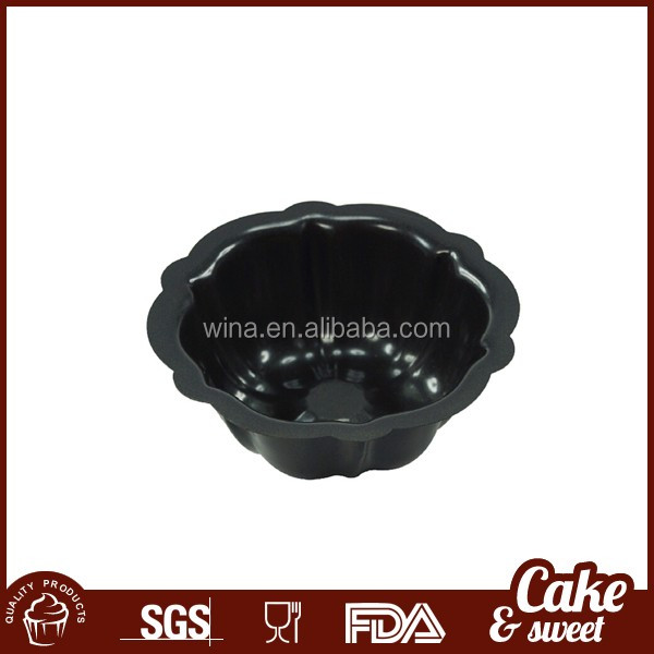 Non stick metal cake mold for baking