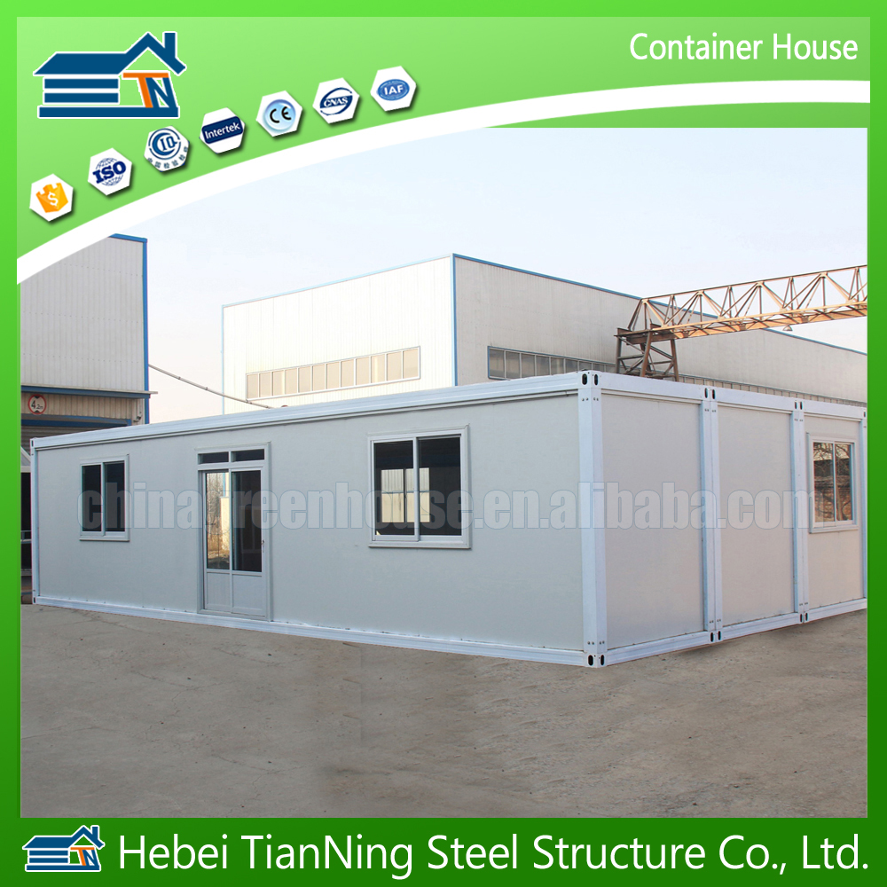 Made in china hot saled luxury low cost house design prefabricated sandwich panel house 40ft container home prefab container kit
