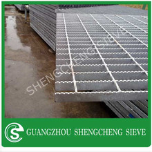 Factory Price Ventilation Anti-skidding anti-corrosion joint cover/channel grating/steel grating door mat