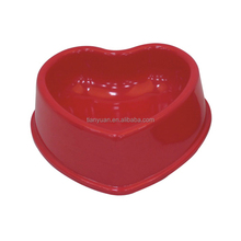Hot Sale Plastic Pet Bowl Stand Heart Shape Cat Bowl
