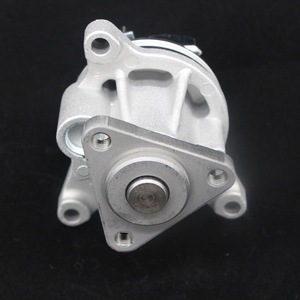 Auto Cooling Spare Parts Diesel Engine Car Water Pump for Focus for Mazda