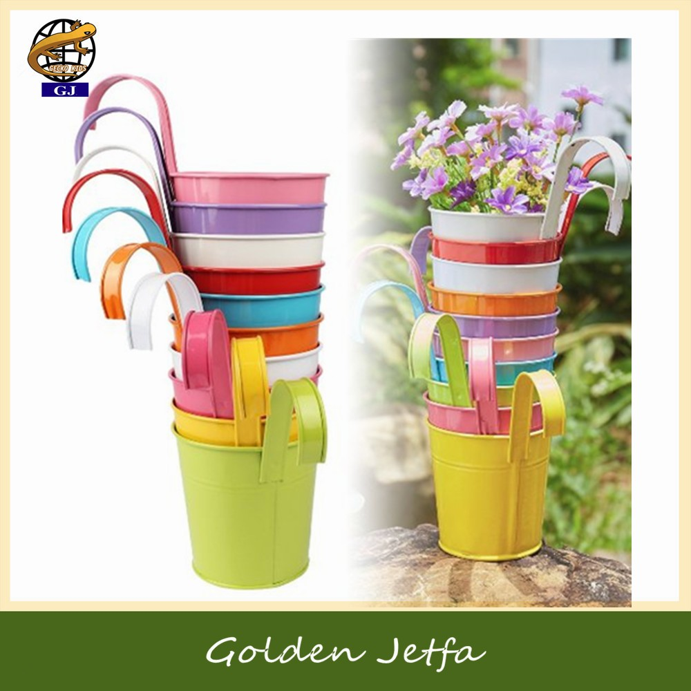 Cheap small hanging metal flower pot for home decoration