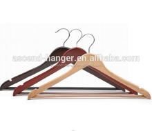 wholesale manufacture Metal chrome hook color optional Wooden clothes hanger stand