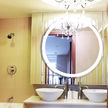 High Quality and Cheap Hollywood Mirror with Led Light for Bathroom