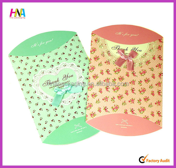 2015 fancy candy packaging box bride and groom wedding candy box
