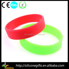 customized promotional gifts silicone football team bracelet