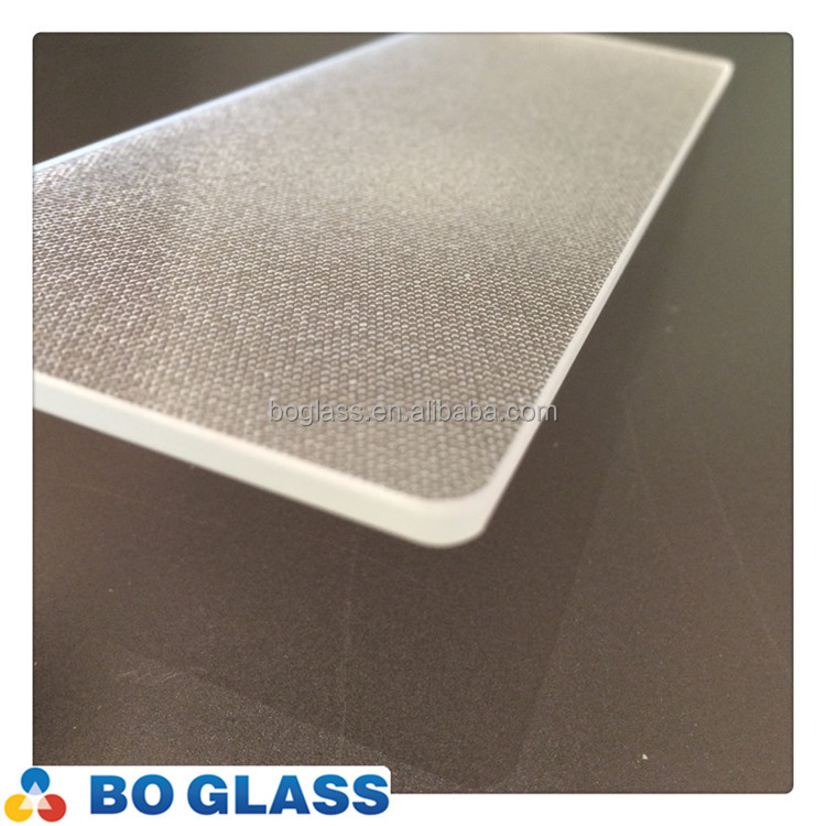 high quality 3mm tempered low-iron glass panel for solar lighting