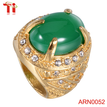 2016 fashion jewelry men's 18k gold plated ring inlay GREEN gemstone ,prong setting