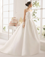 New Layered Uper body Play Plain Dyed Sleeve Tank Court Train Wedding Dress.