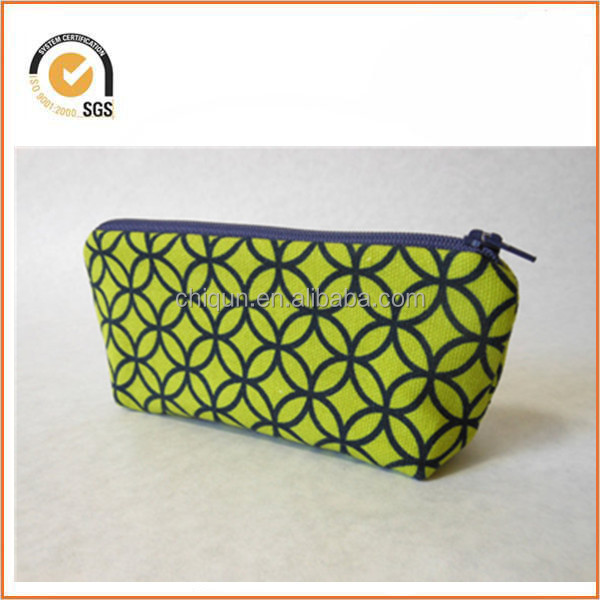 Small Canvas Zipper Pouch - Lime Green with Blue Geometric Pattern, Blue Zipper By Chiqun Dongguan CQ-H01035