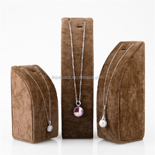 Wholesale Cheap High Quality Luxury Velvet Jewelry Necklace Jewelry Display Busts Form