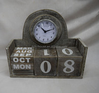 customized China made painted wood table clock with calendar