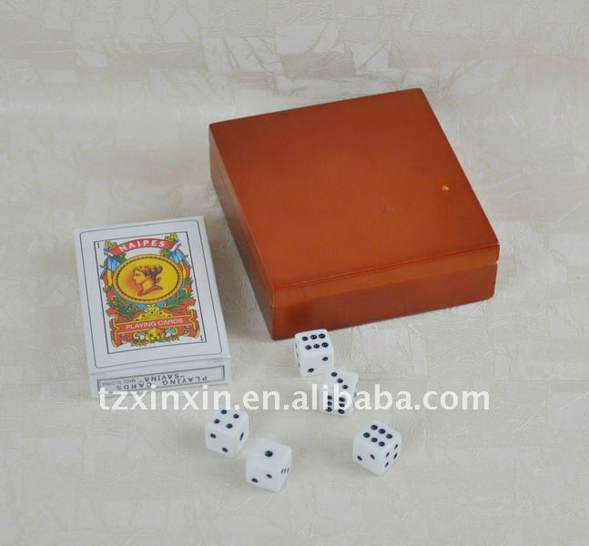 Pocker games with five dice in wooden box adult dice games