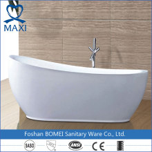 Modern style short round corner bathtub with tap