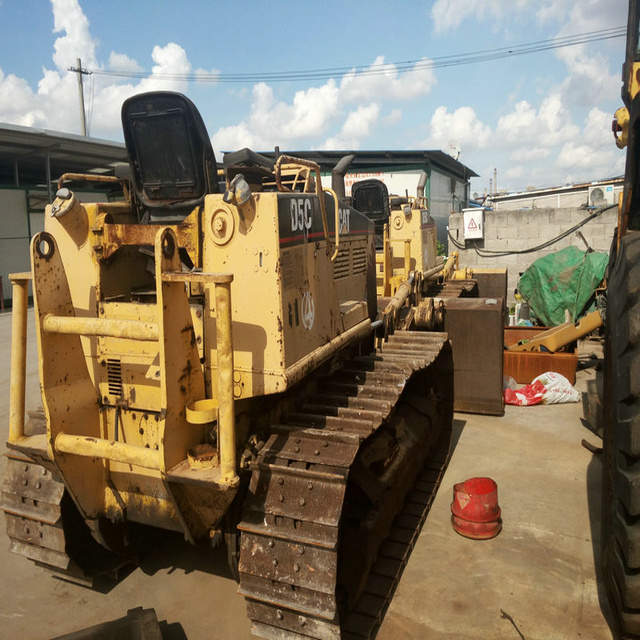 D5C used crawler bulldozer Japan's original bulldozer d80 Low-cost sales