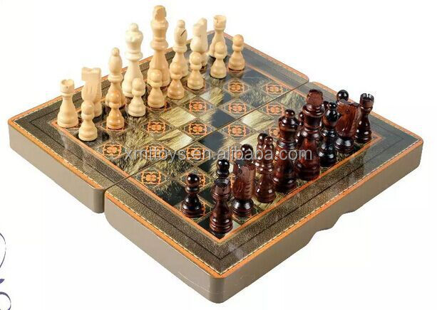3D Chess Set Roman Figure Chess Pieces with Hand Making Chess Boards