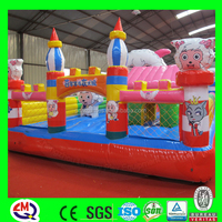 Amusement park playground giant inflatable bouncers