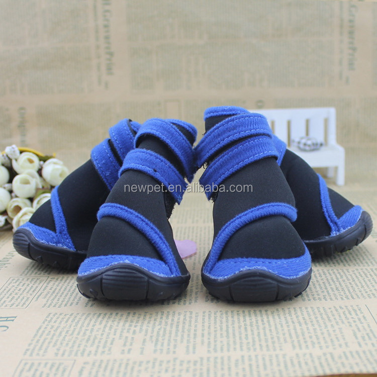 Quality primacy promotional no-skid sole boots and socks red pet shoes for dogs